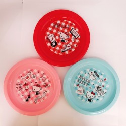 Hello Kitty Plastic Plate Set :