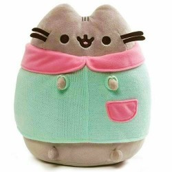Winter Pusheen With Sweater 23Cm